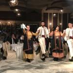 Παραδοσιακή μουσική, κέφι  και χορός μέχρι πρωίας από τον Σύλλογο Ηπειρωτών Κοζάνης.